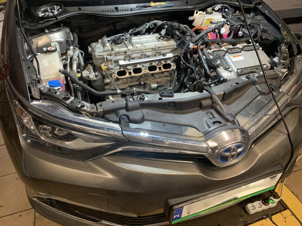 TOYOTA AURIS Hybrid 1.8 (73kW-99KM) 2017 r. w AUTOGAS SYSTEM
